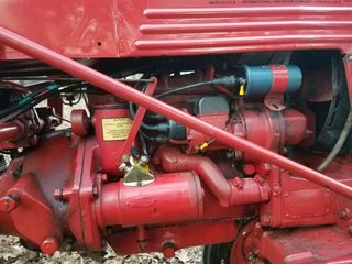 Magneto with external coil - Farmall Cub